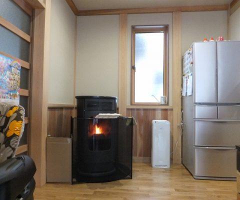 【ストーブ施工事例】ペレットストーブ、暖房以外の使い方♪